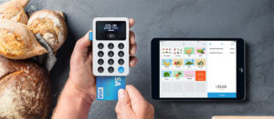 review of izettle card reader photo